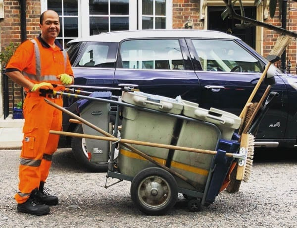 The Cheery Street Sweeper – Knightsbridge's cheeriest street sweeper is a joy to behold. He is quite the contrast to the Royal Borough of K&C's incompetent, avaricious councillors.